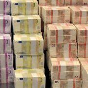 EZB startet Massenkauf von Staatsanleihen: Wem hilft Draghi? (Foto)