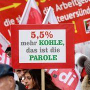 Zehntausende Lehrer und Landesbeschäftigte im Warnstreik (Foto)