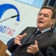 Politologe: Westen finanziert Terror und Krieg indirekt mit (Foto)