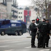 Brisanter Mix: Salafisten und rechte Gegner in Wuppertal (Foto)