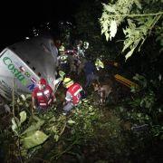 Mindestens 49 Tote bei Busunglück in Brasilien (Foto)