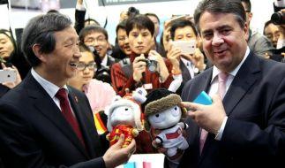 CeBIT gestartet - Merkel fordert von China fairen Wettbewerb (Foto)