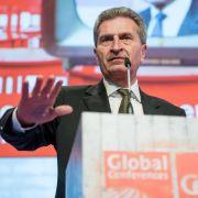 Oettinger wirbt auf der CeBIT für digitalen EU-Binnenmarkt (Foto)