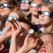 Nicht ohne Brille! Partielle Blindheit ist vorprogrammiert (Foto)