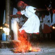 Zuhälterei mit Voodoo-Zauber: Frauen zur Prostitution gezwungen! (Foto)