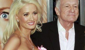Holly Madison und Hugh Hefner hier noch glücklich vereint. (Foto)