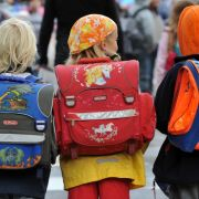Schulleiter nötigt Grundschülerinnen zu Oralsex (Foto)