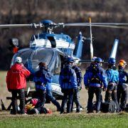Alpine Kletterer starten mit einem Hubschrauber der Gendarmerie.