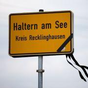 Haltern am See: Eine Stadt trägt Trauer.