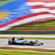 Premiere im Ferrari! Sebastian Vettel siegt in Malaysia (Foto)