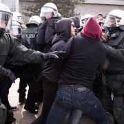Rechte und Linke Demos inDortmund: Erste Zwischenfälle (Foto)