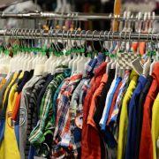 Kleidung und Schuhe können bald teuerer werden (Foto)