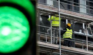 Volkswirte: Im März wieder weniger als drei Millionen Arbeitslose (Foto)