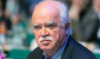 Euro-Kritiker Gauweiler gibt CSU-Vizevorsitz und Mandat auf. (Foto)