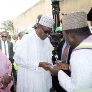 Knappes Rennen bei Präsidentenwahl in Nigeria (Foto)