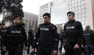 Geiselnahme in Istanbuler Justizgebäude gewaltsam beendet. (Foto)