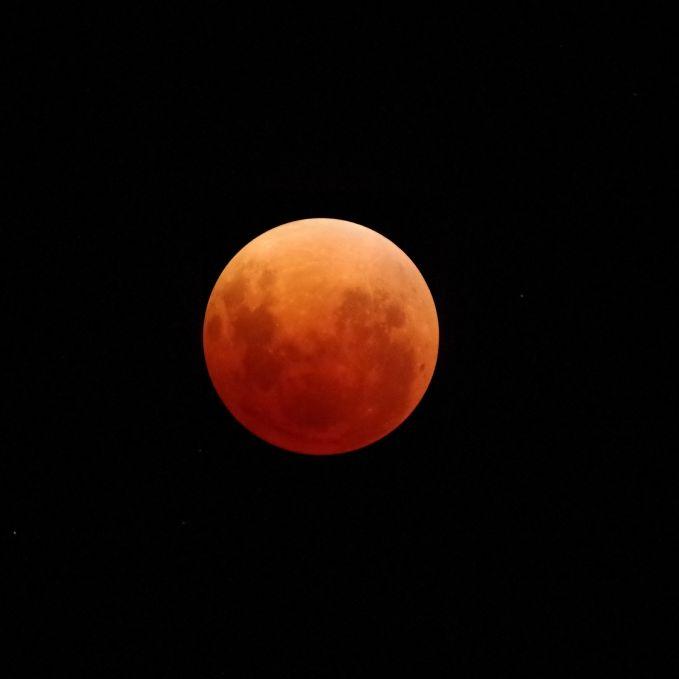 Die totale Mondfinsternis als Vorbote der Apokalypse? (Foto)