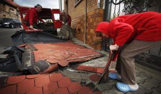 Häuser wurden abgedeckt. (Foto)