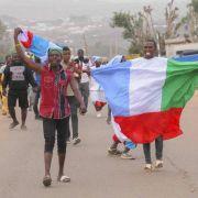 Historischer Wahlsieg für Ex-Diktator Buhari in Nigeria (Foto)