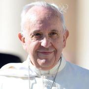 Papst betet Kreuzweg am Kolosseum (Foto)