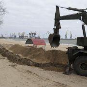 Jazenjuk glaubt nicht an rasche Lösung des Ukraine-Konflikts (Foto)