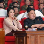 Bericht: Kim Jong Un umgibt sich mit «Vergnügungstrupps» (Foto)