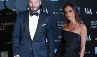 Der bärtige David mit seiner Frau Victoria Beckham. (Foto)