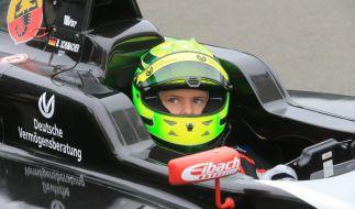 Den Helm von Mick Schumacher zieren sieben Sterne - wie schon bei Papa Schumi. (Foto)