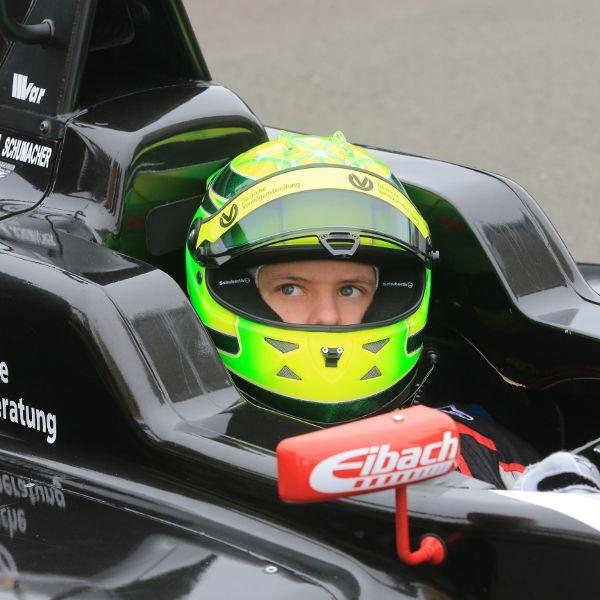 Mick Schumacher: Sein Vater fährt immer mit (Foto)