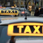 Nach Uber-Beschwerde: Brüssel prüft deutschen Taxi-Markt (Foto)