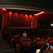 In Deutschland dürfen Kinder bei öffentlichen Vorführungen nur altersgemäße Filme sehen.