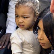 Kim Kardashian lässt Tochter in Israel taufen (Foto)