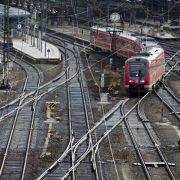 Bahngewerkschaften dringen auf Tarifabschluss (Foto)