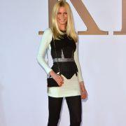 Claudia Schiffer ist süchtig (Foto)