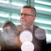 Opposition will auch de Maizière zu G36-Affäre befragen (Foto)