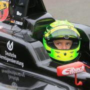Das hält Vettel von den Fahrkünsten des Schumi-Sohns (Foto)