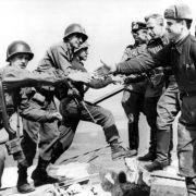 Torgau gedenkt historischer Begegnung am Kriegsende (Foto)