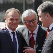 EU ruft Ukraine bei Gipfeltreffen zu Reformen auf (Foto)