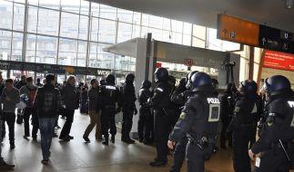 Übergriffe der Polizei werden in den seltensten Fällen bestraft (Symbolbild). (Foto)