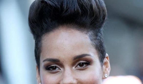Soul-Sängerin Alicia Keys gewann mit ihrer Stimme bereits unzählige Grammys. Was kaum jemand weiß: Ihr eigentlicher Name lautet Alicia Augello Cook. (Foto)