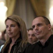Varoufakis im Zentrum Athens angegriffen (Foto)