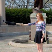 Leichen-Arm mit Selfiefunktion (Foto)