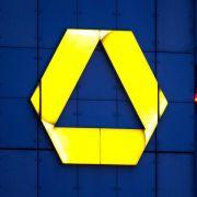 Commerzbank macht Hoffnung auf Dividende - Boni-Plan gescheitert (Foto)