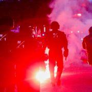 Polizei in Hamburg löst Demonstrationen auf (Foto)