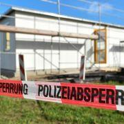 Unbekannte zünden geplante Asylunterkunft an (Foto)