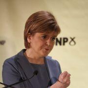 Schotten-Merkel will David Cameron verjagen (Foto)