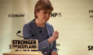 Ist das nicht...? Nein, das ist nicht die Angie, sondern die schottische Politikerin Nicola Sturgeon. (Foto)