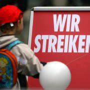 Kita-Beschäftigte treten in unbefristeten Streik (Foto)