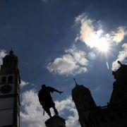 Augsburg Perlachturm und Kaiser Augustus
