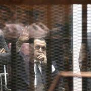 Mubarak wegen Korruption zu drei Jahren Haft verurteilt (Foto)